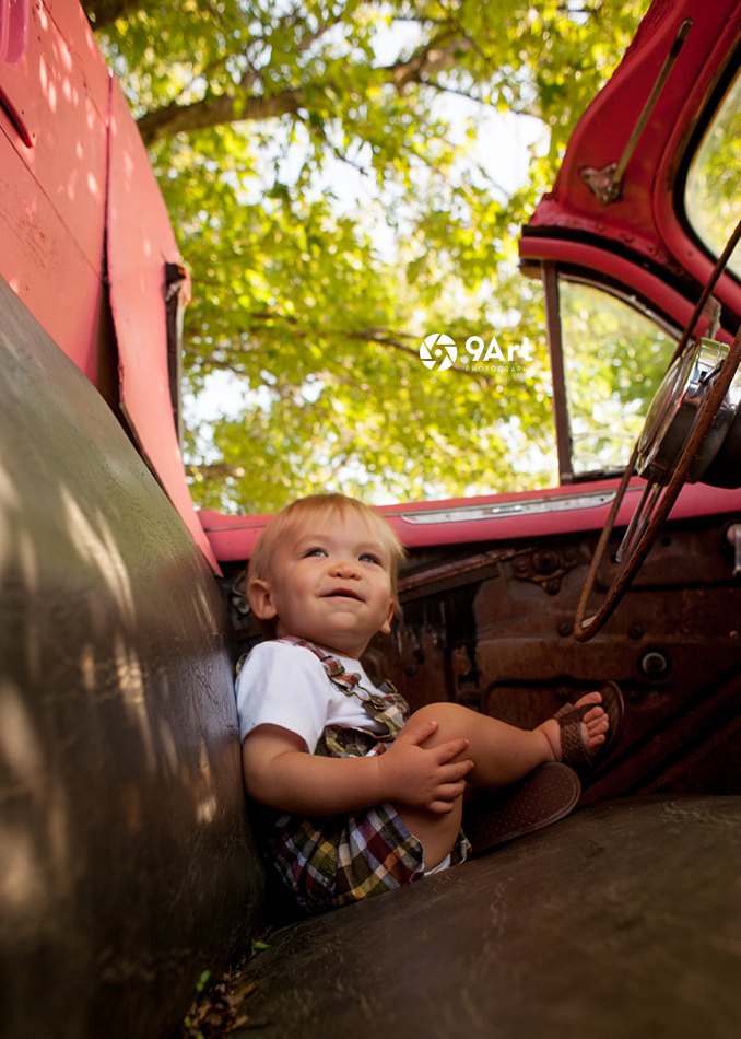 hunter: baby's 1st year #9 vintage car at red oaks