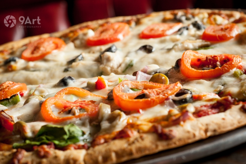 CVB food photography post: pizza from Joplin pub and pizza spot, 'the blackthorn.'