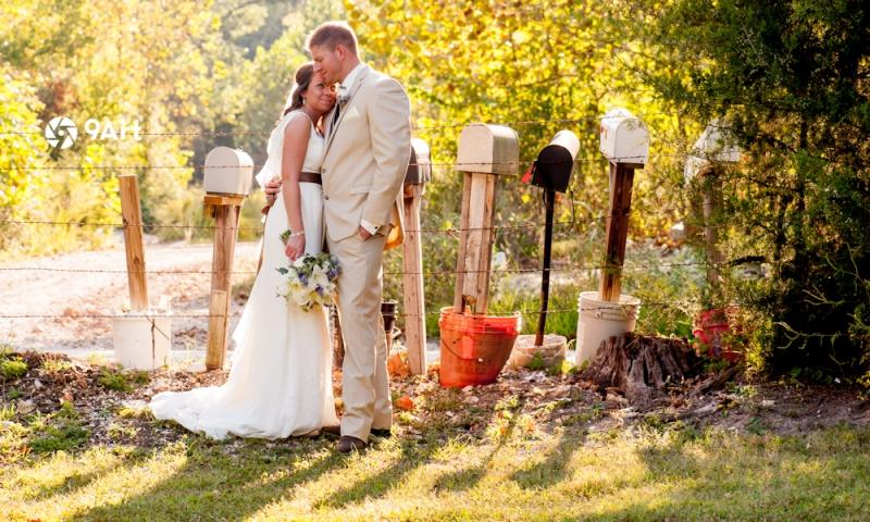 9art photography, joplin mo wedding photographer :: hannah & carl at springhouse gardens