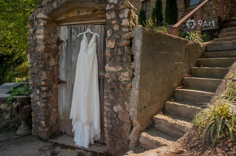 9art photography, joplin mo wedding photographer- hannah & carl at springhouse gardens2