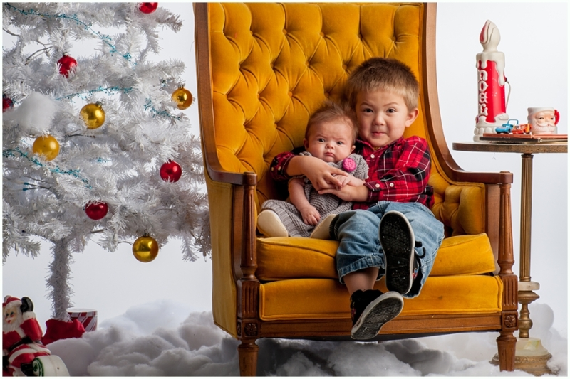 joplin mo family photographer, 9art photography- christmas family pictures in the studio_001