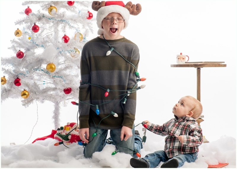 joplin mo family photographer, 9art photography- christmas family pictures in the studio_014