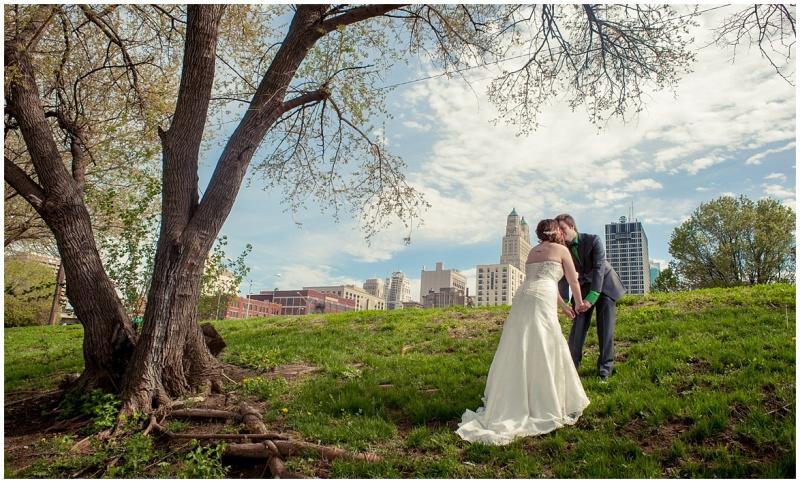 alyssa & garen's kansas city wedding from wedding photographer 9art photography_0022