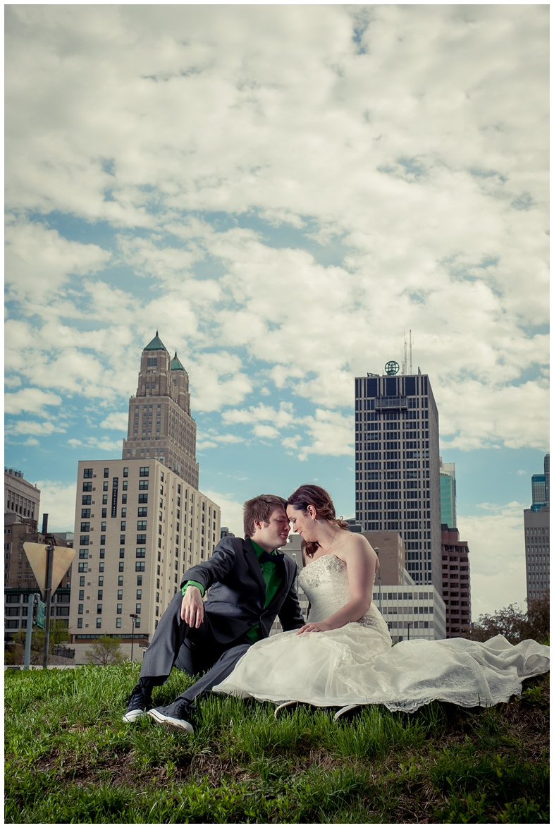 alyssa & garen's kansas city wedding from wedding photographer 9art photography_0024