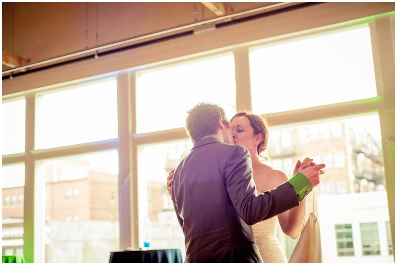 alyssa & garen's kansas city wedding from wedding photographer 9art photography_0058