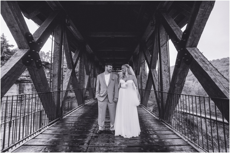 Leslie & Evan 2015 wedding branson mo wedding photographer 9art photography_0036